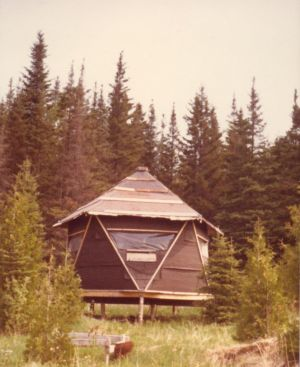 198005xx-ra-030-the Eco Cabin-Randboro