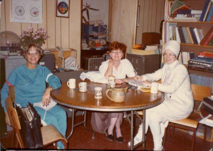 1983-10-ra-9+1-2-Casimir-TorontoMiriam-+-Barbara-A+Seva-Kaur-373-