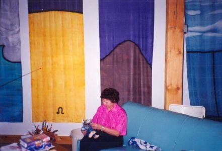 1992-11-Library-Olga-Duncan