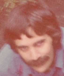 1975-06 Robin At Draper St-134-
