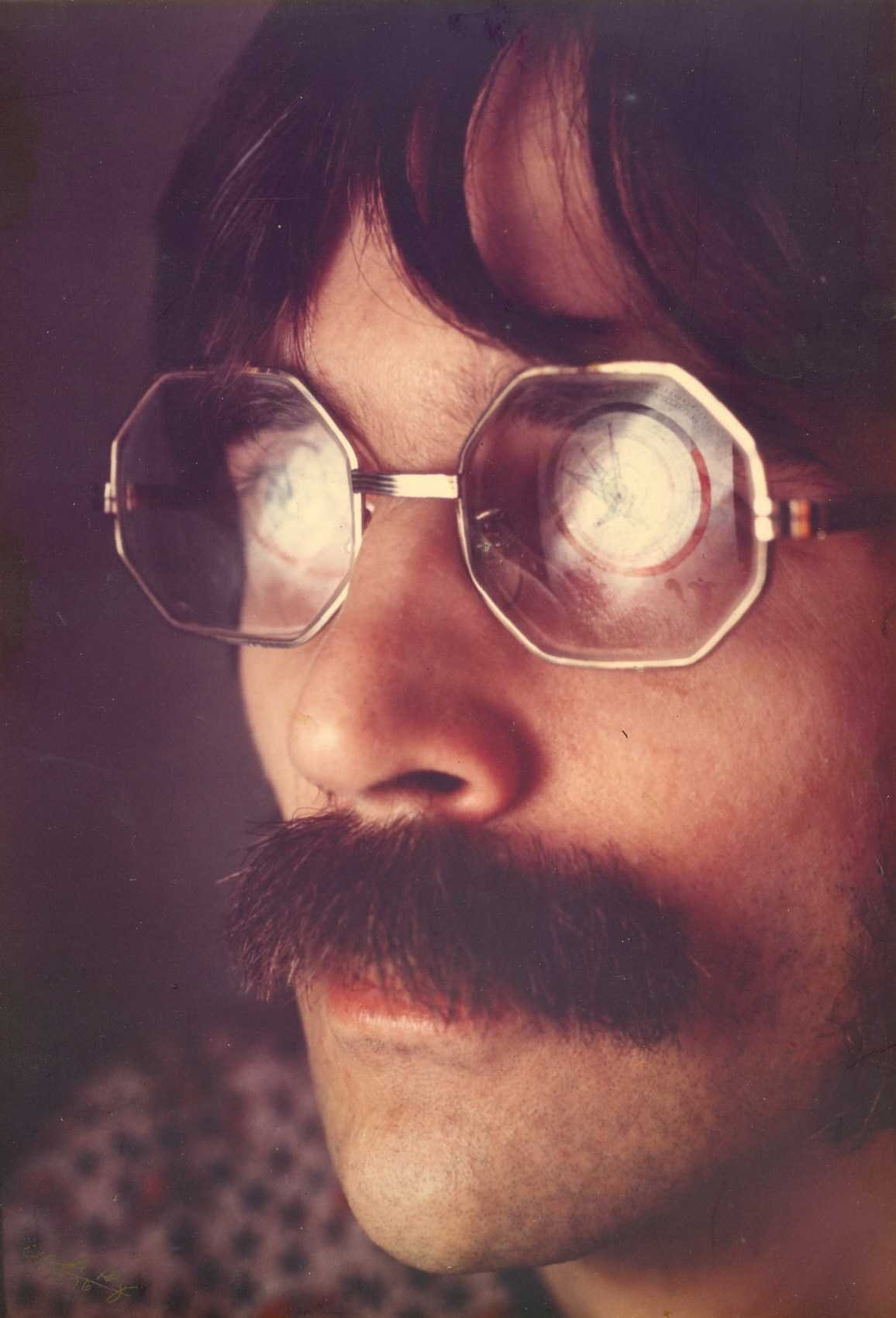1977-04-GH-Armstrong-Robin \'1984\' By Hoz-b