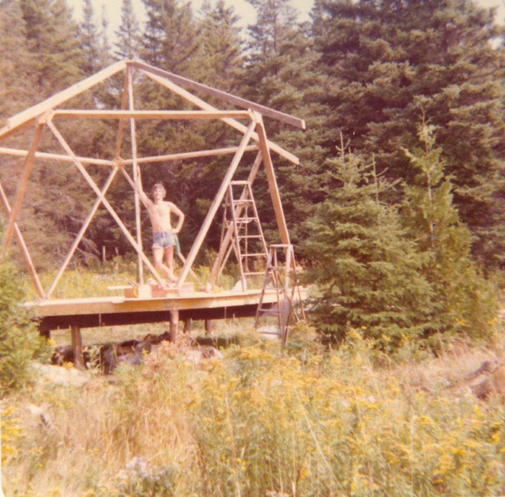 197909xx-ra-032-Robin-roof-frame-up-Randboro,-QU