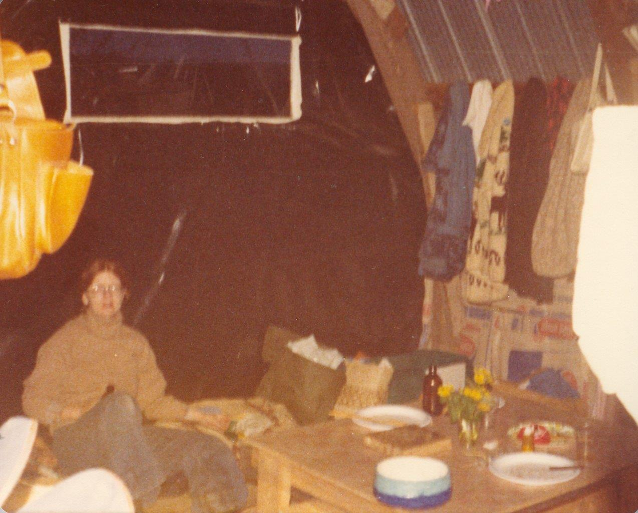 198005xx-ra-005-Barb In Barn-Randboro
