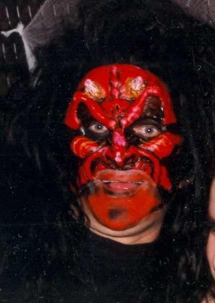 1991-10-31-Halloween-Devil-Robin-006b