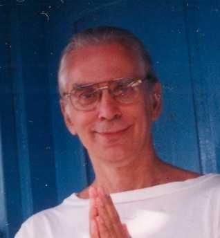 1997-09--Hari-Om-Ashram-Surat0001a
