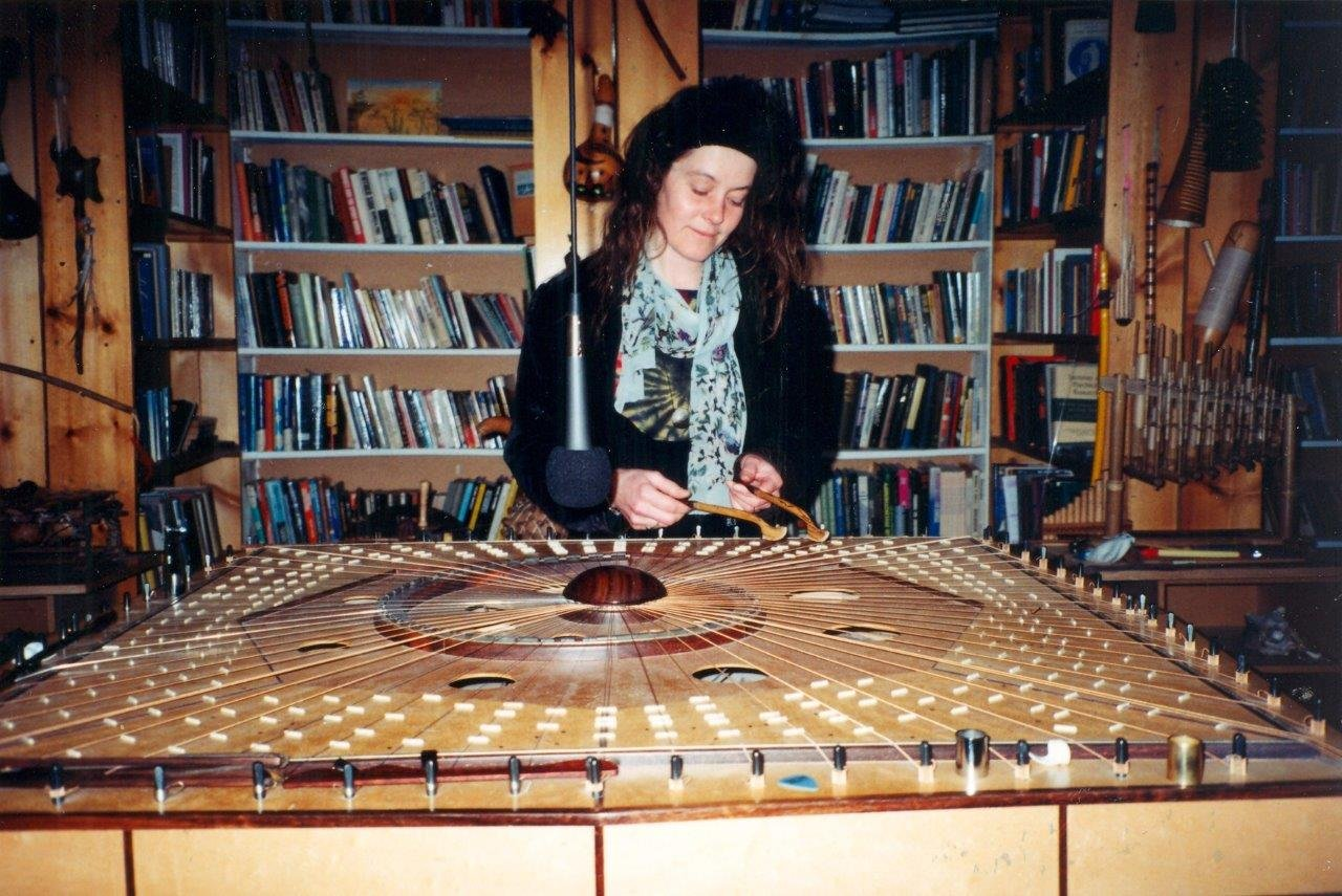 1997-909-Queen-Kathleen Richardson on the Celestial Harp!