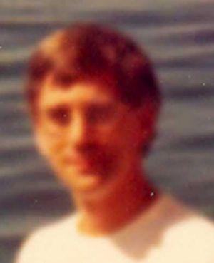 1981-08xx-ra-Agawa Bay-Lake Superior Prov Pk-Robin-046a