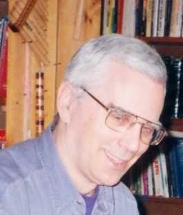 1998-04- 0002d Brian Roche 909 Queen